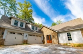 52 Lake Farm Ct